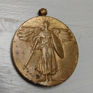 Antique Jewelry - Antique WW1 Bronze Victory Medal The Great War